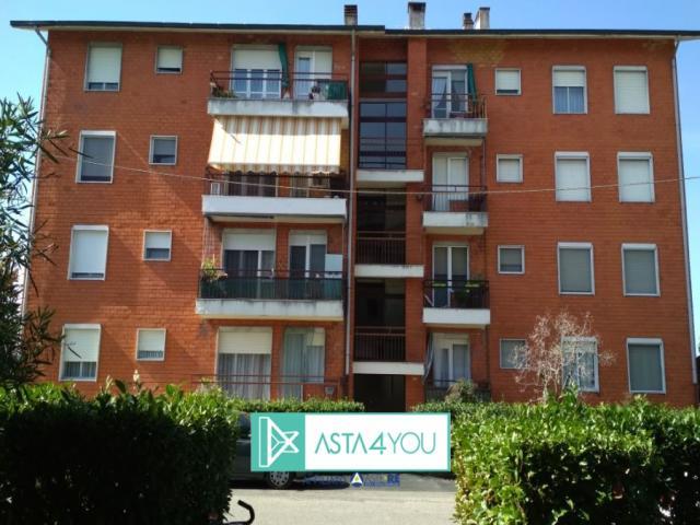 Case - Appartamento all'asta in via fratelli bandiera 6, boffalora sopra ticino (mi)