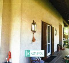 Case - Villa all'asta in via enrico fermi 1/3, legnano (mi)