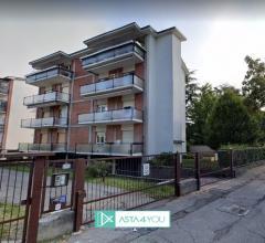 Case - Appartamento all'asta in via duca degli abruzzi 19, vimercate (mb)