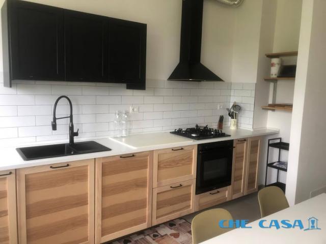 Case - Affitto estivo settimanale in bifamiliare, zona panoramica 6 posti letto
