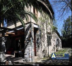 Abitazione in villini - via degli armentieri 23 - 00178