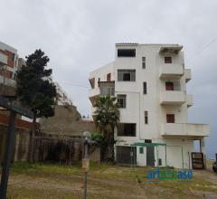 Messina acqualadrone appartamento sul mare