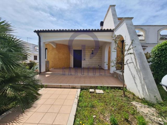 Villa in vendita a bisceglie ville mare / via bovio