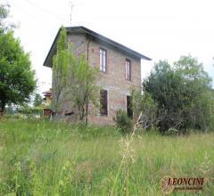 Case - A473 rustico indipendente con giardino