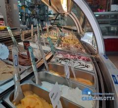 Attivita' commerciale gelateria carini