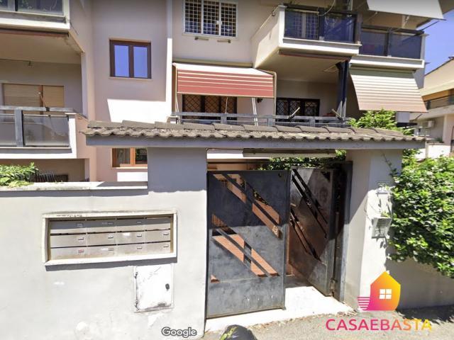 Case - Abitazione di tipo popolare - via andrea verga, 68 - 00168