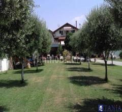 Casa indipendente circondata da giardino a nazzano rif 3722