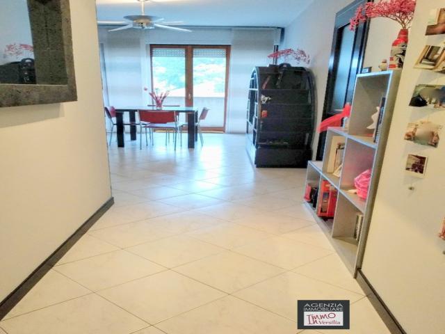 Case - Terminetto: appartamento con ampio balcone - due posti auto e cantinetta