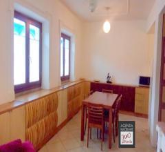 Darsena: appartamento indipendente secondo piano con ascensore: come nuovo