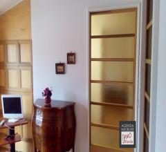 Case - Darsena: appartamento indipendente secondo piano con ascensore: come nuovo