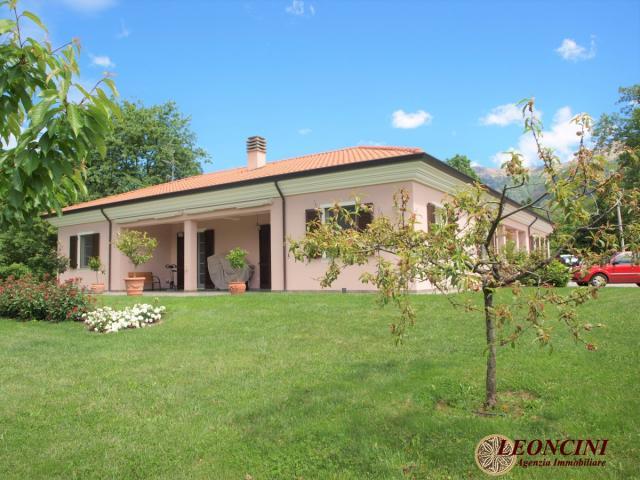 Case - A302 villa indipendente