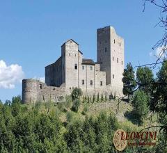 Asta 1010 castello - struttura alberghiera all'asta