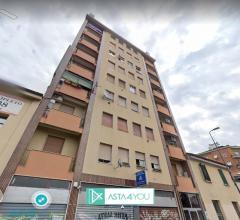 Appartamento all'asta in viale cassala 9, milano (mi)