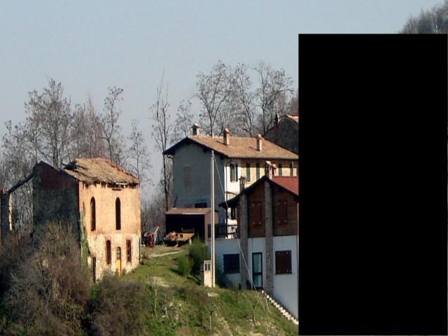 Antico borgo in vendita con rustici adibito a b&b e terreno di 17 ha vernasca (pc)
