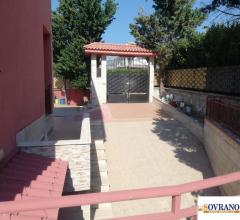 Carini/johnnie walker/magellano : splendida villa con spazio esterno e piscina