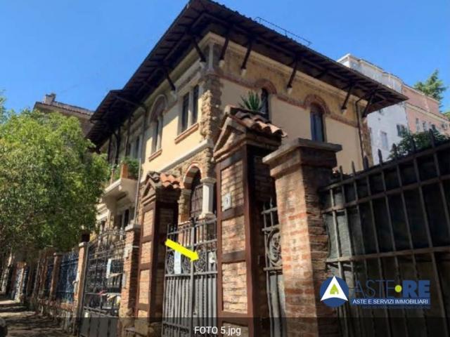 Appartamento - via ombrone n. 9 - 00198