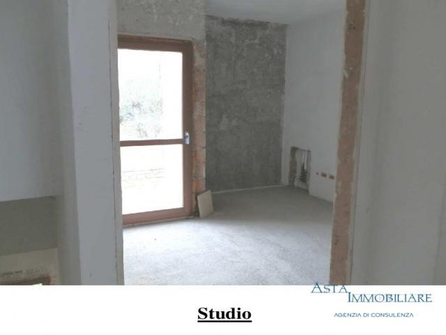Case - Fabbricato in corso di costruzione - via della pace - fraz. serre