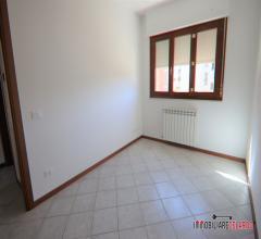 Case - Appartamento con ampio lastrico solare