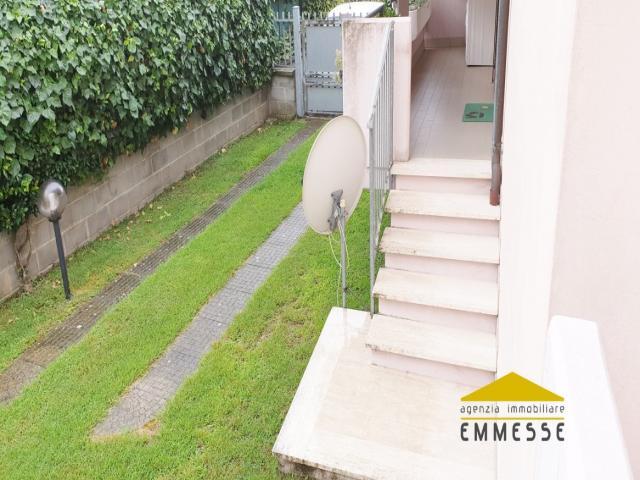 Case - Casa con giardino in vendita a marina di massa