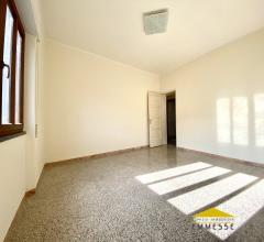 Case - Appartamento in vendita a massa centro