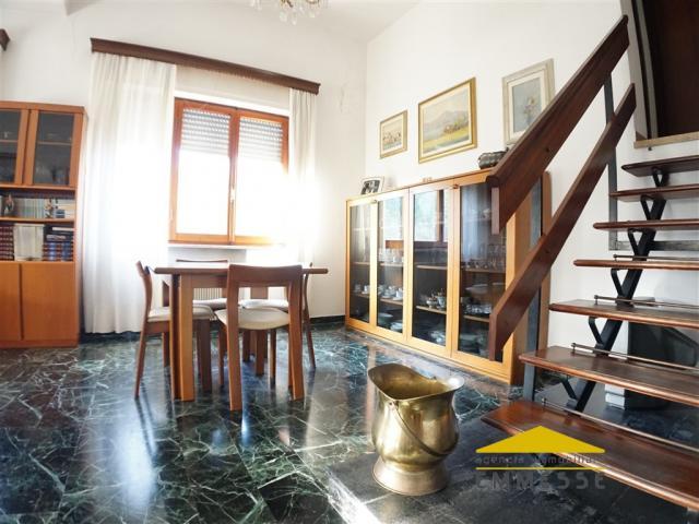 Case - Casa singola in vendita a carrara