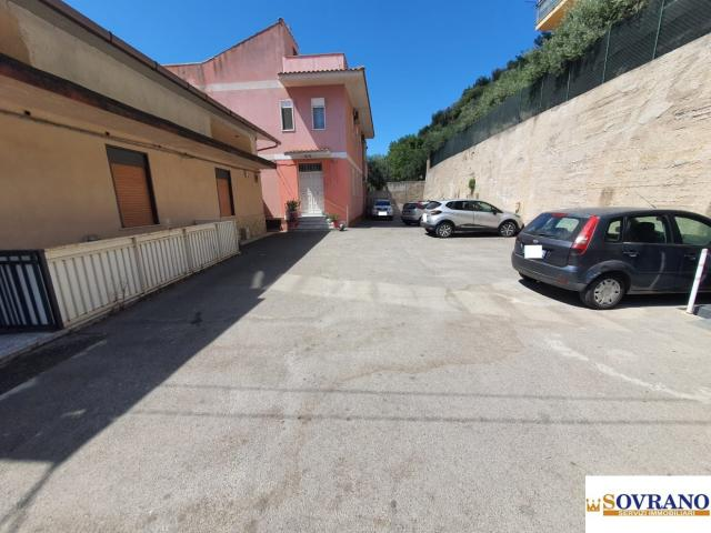 Case - Monreale: panoramico appartamento indipendente con terrazzo