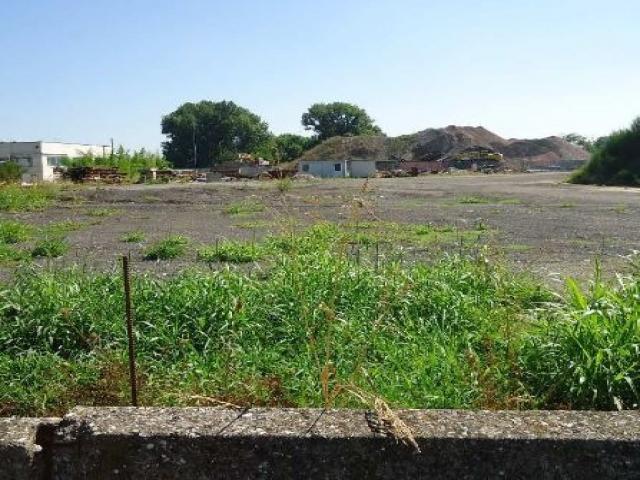 Case - Lotto edificabile - strada comunale per campagna, in prossimità dello svincolo della s.p. 234
