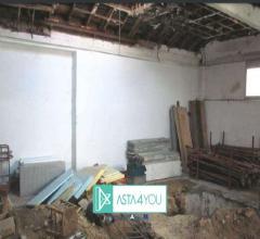 Case - Appartamento all'asta in via flora 19, legnano (mi)