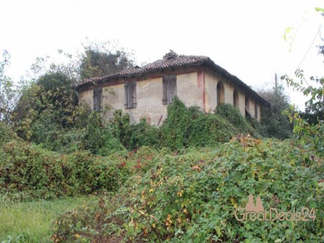 Case - Casa colonica di due piani con annessi magazzini - via altinia, 11 bonisiolo - mogliano veneto (tv)