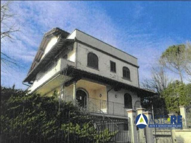 Case - Abitazione di tipo economico - via delle ginestre 16