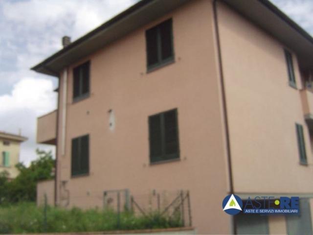 Case - Abitazione di tipo civile - localita' querce - via valle bantini