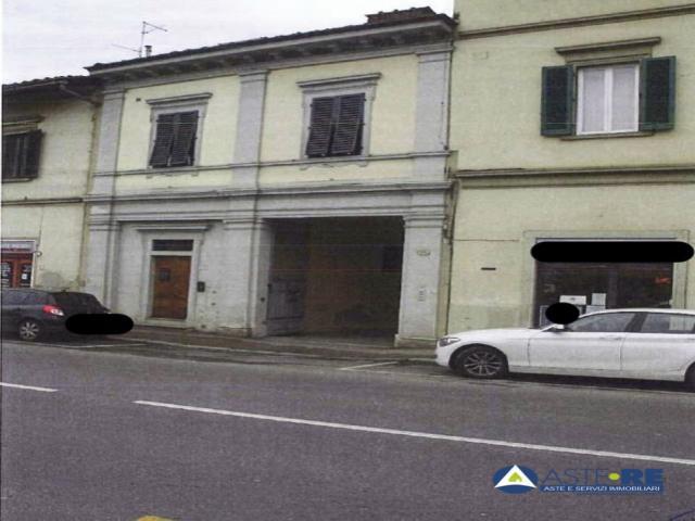 Case - Abitazione di tipo civile - via senese, 120/r