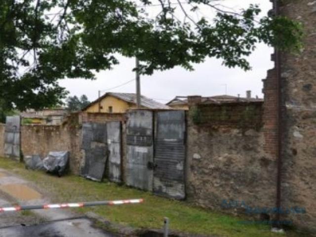 Case - Magazzino - via del borgo