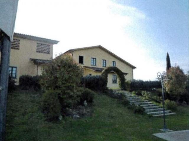 Case - Albergo - localita' stabbia