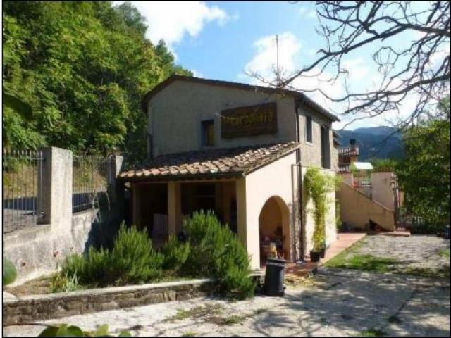"""Case - Complesso immobiliare - localita' """"villore"""", via di villore 183"""