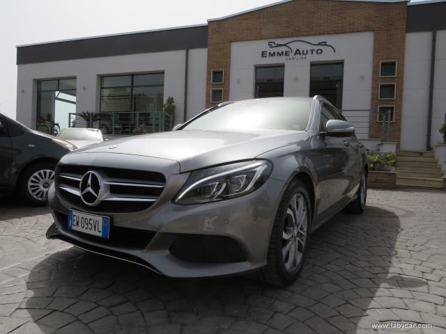 Auto - Mercedes-benz c 220 bluetec premium