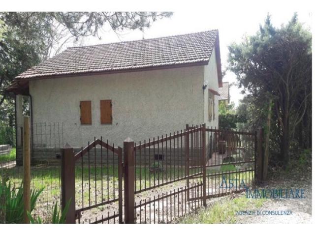 Case - Villetta- localita' casamona - loro ciuffenna (ar)