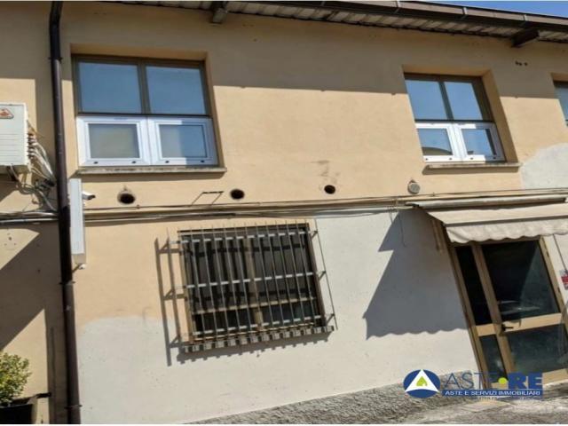 Case - Ufficio - strada canaletto sud n.152/c