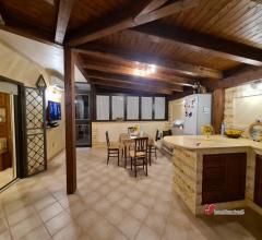 Case - Bagheria 4 vani con ampio terrazzo e doppi servizi