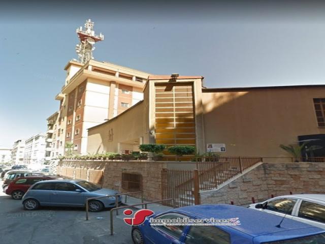 Case - Palermo intero edificio zona oreto