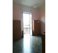 Case - Residenziale - vendita appartamento (appartamento) - via oreto