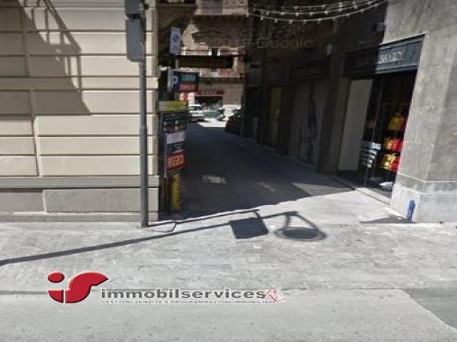 Case - Palermo locale commerciale zona politeama