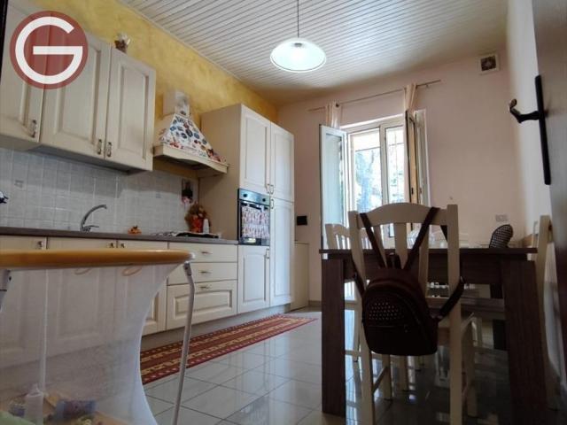 Casa indipendente in vendita a taurianova centrale