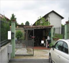 Villa - via norberto bobbio 23 e vicolo messina, n. 15