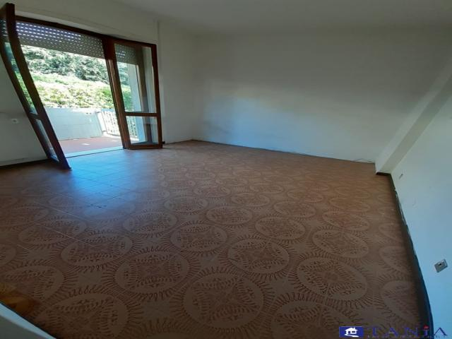 Case - Appartamento con giardino marina di carrara rif 3751