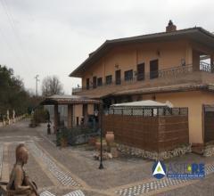 Villa - via piedimonte