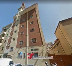 Palermo intero edificio zona oreto