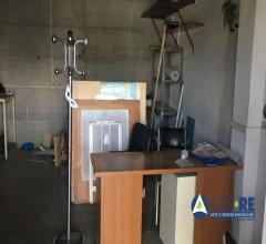 Case - Garage o autorimessa - via del trullo 454 - 00148