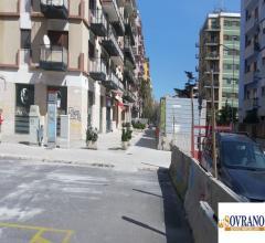 Viale lazio/campania/liberta': locale commerciale mq 141 cat. c/1