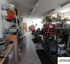 Carini/villagrazia di carini: ampio magazzino cat. c/3 mq 360